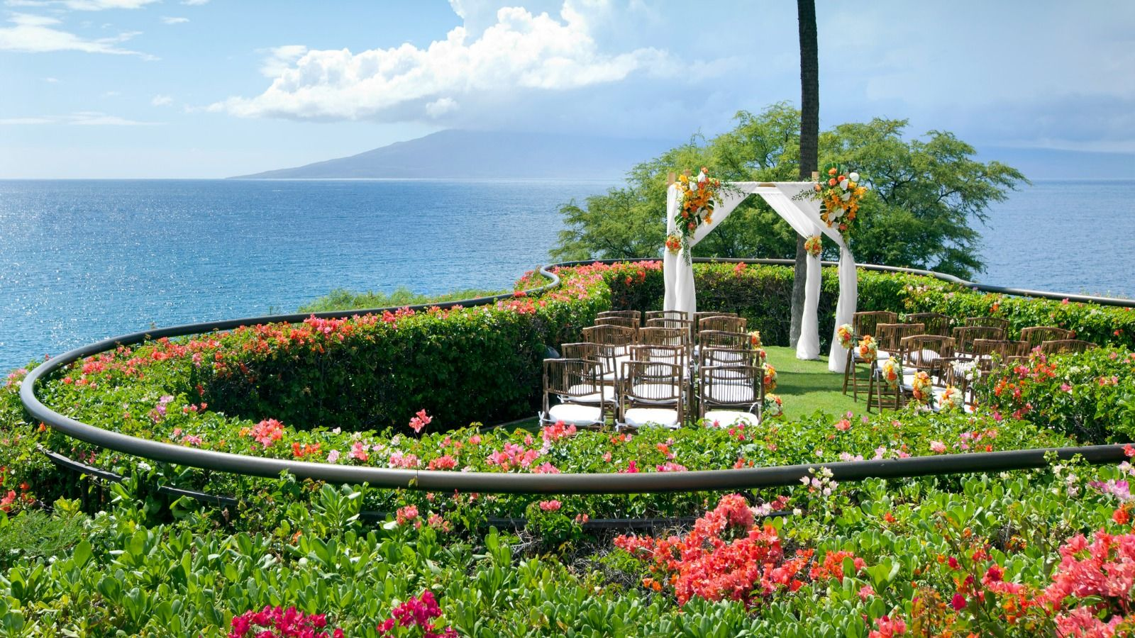 Sheraton Maui Resort & Spa - Ali'i Lawn