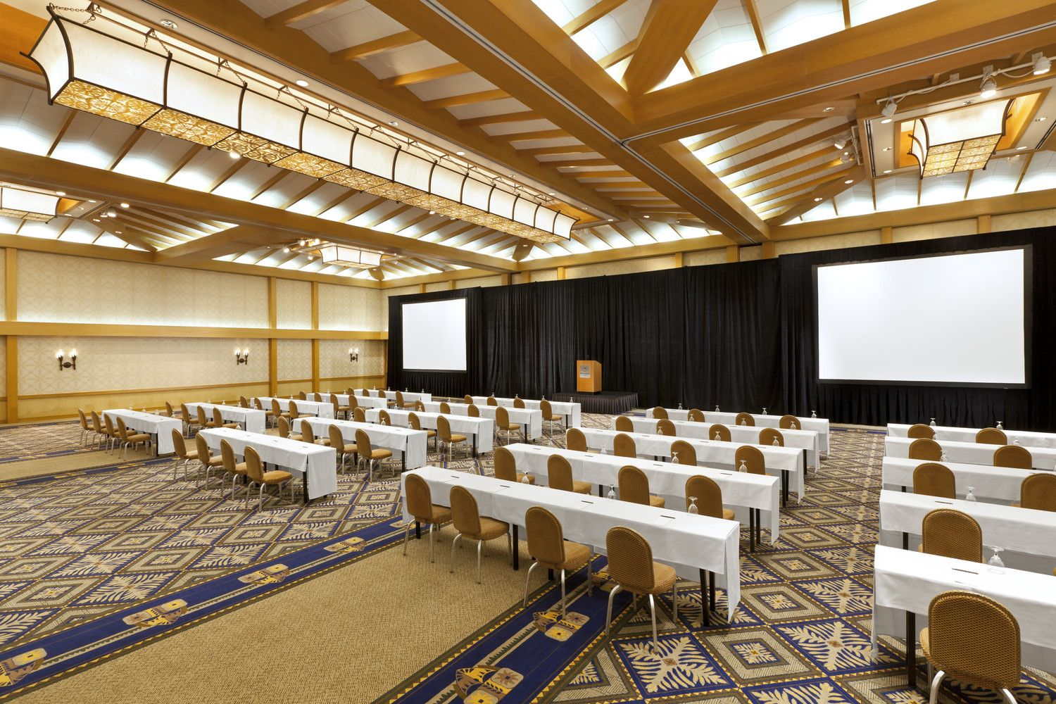 Meeting Space in Maui - Maui Ballroom
